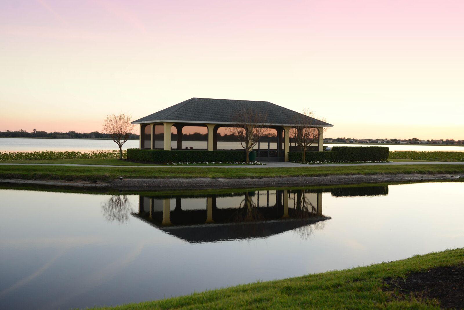 Florida Retirement Community Lake View